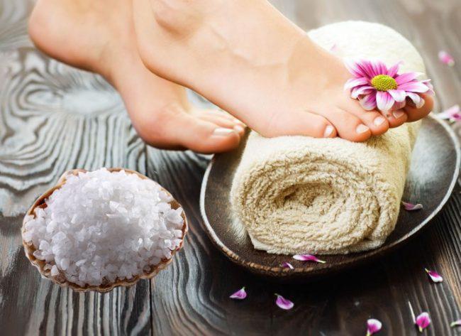 Морская соль от грибка на ногах