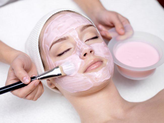 Омолаживающая маска для комбинированной кожи с йогуртом