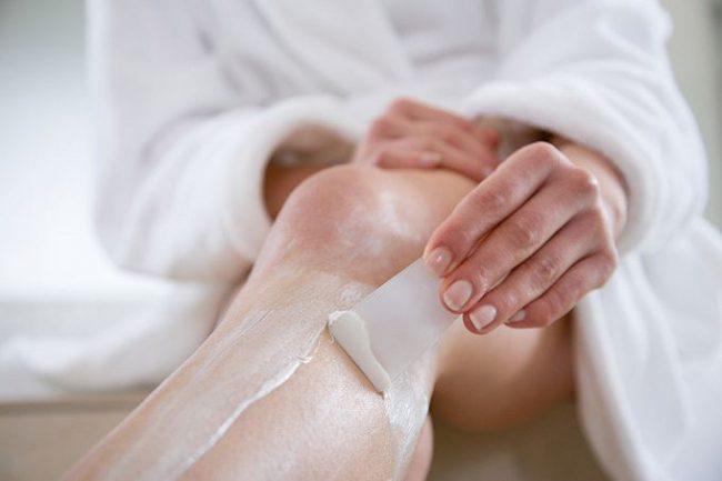 Депиляция ног специальным кремом