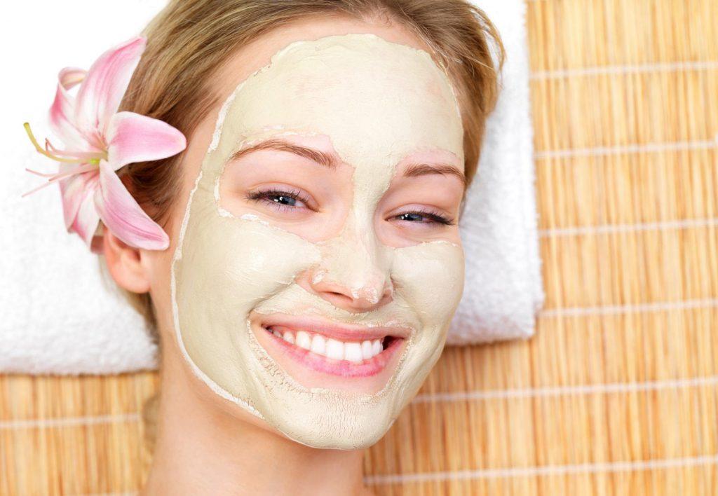 Чем очистить кожу лица перед маской