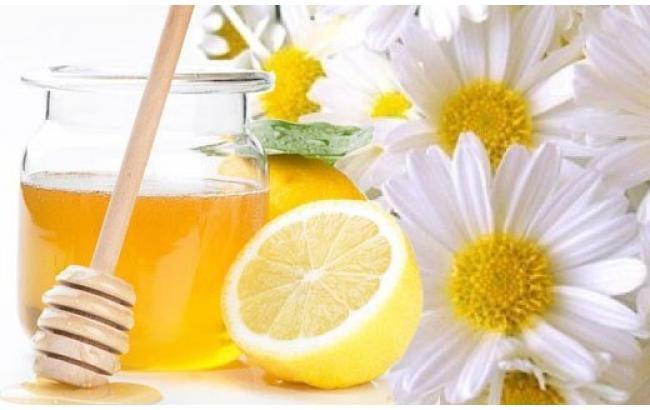 Ромашка, мед и лимон