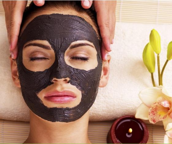 Black mask на лице