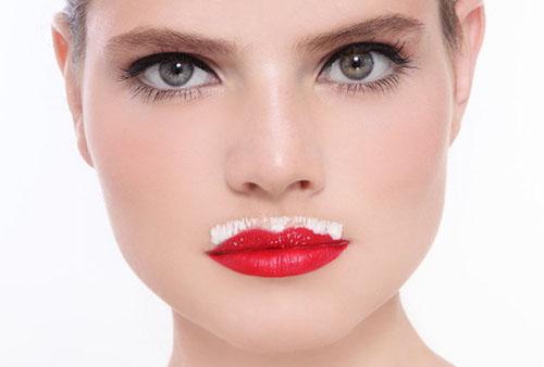 Удаление волос на лице кремом