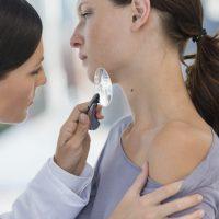 Кто такой врач-дерматолог и что он делает?