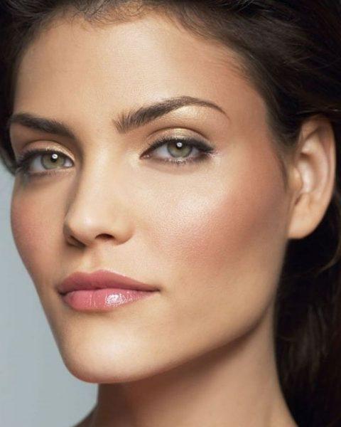 Дневной макияж с акцентом на глаза