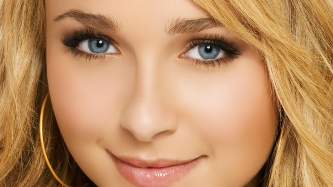 Коричневые цвета в макияже для голубых глаз