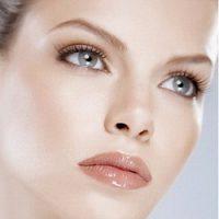 Правильно сделанный макияж раскроет тайну серых глаз!