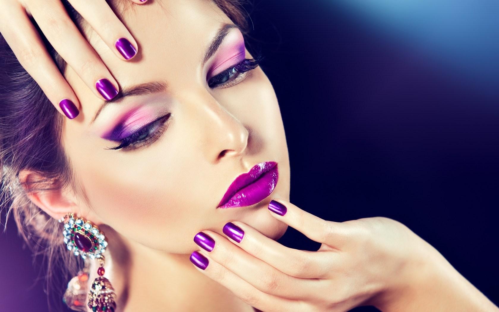 Хобби на стыке творчества и профессии: как найти курсы макияжа
