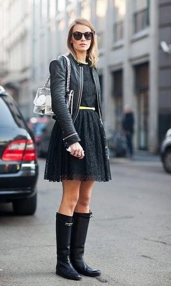 Резиновые сапоги с платьем