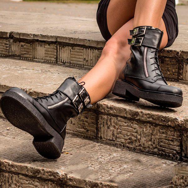 Женские ботинки с подошвой из эластомера