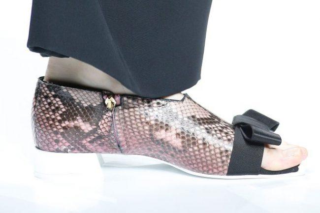 Туфли под кожу рептилий