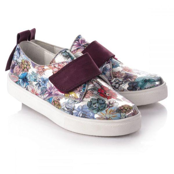 Детская обувь с цветочным принтом