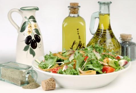 Салат и заправки к нему
