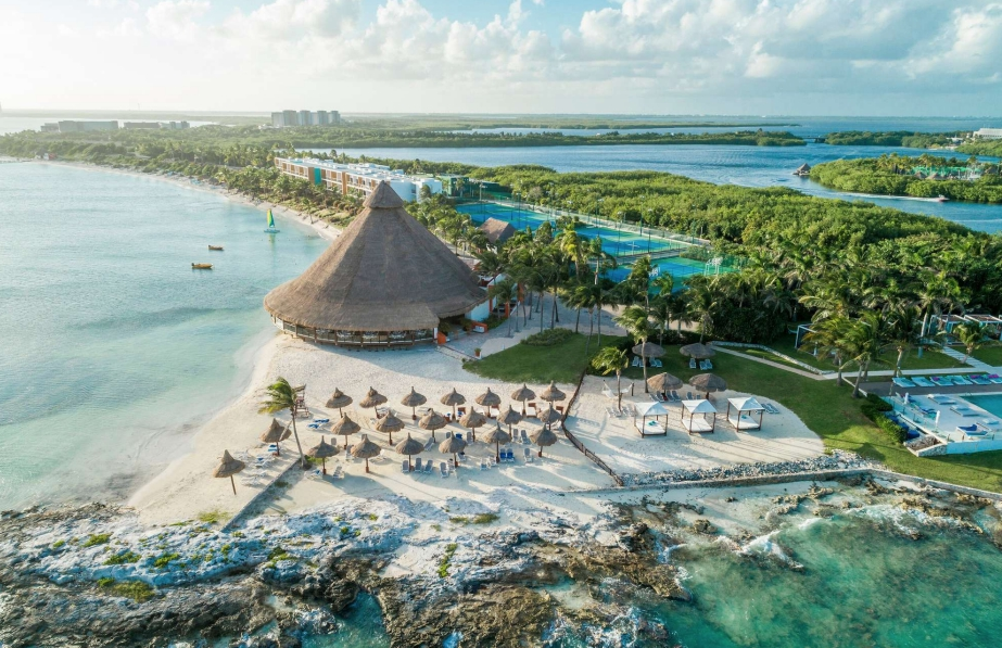 Курорт Club Med Cancun Yucatan в Мексике ждет гостей